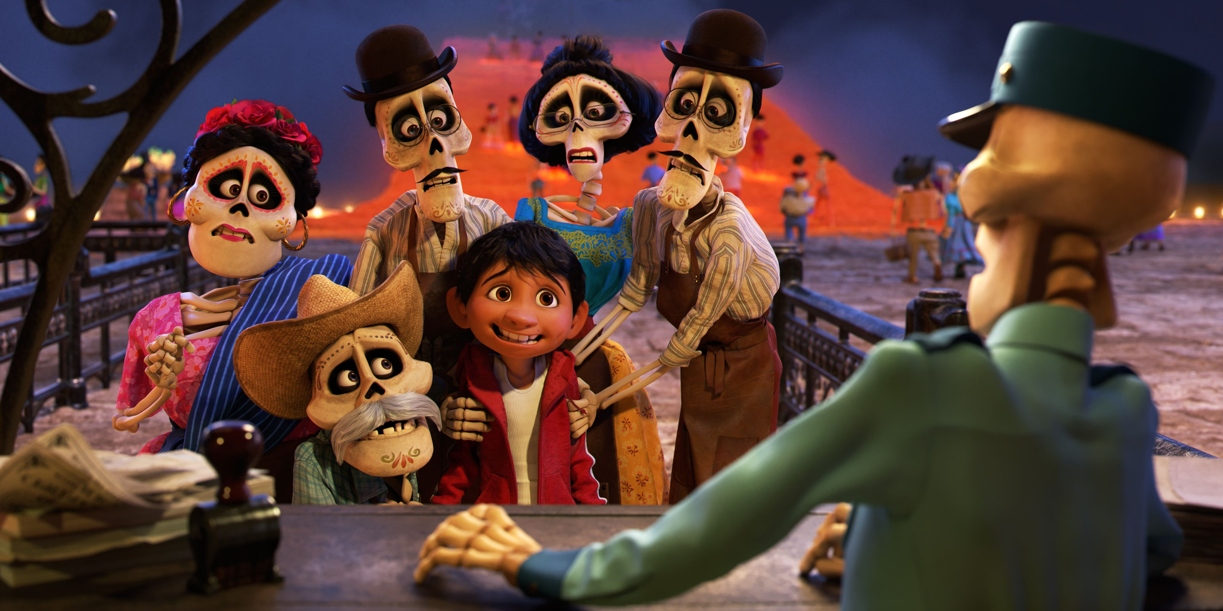 Coco Review Yet Another Pixar Movie To Make You Cry Collider - Heres how pixar copy scenes from other movies