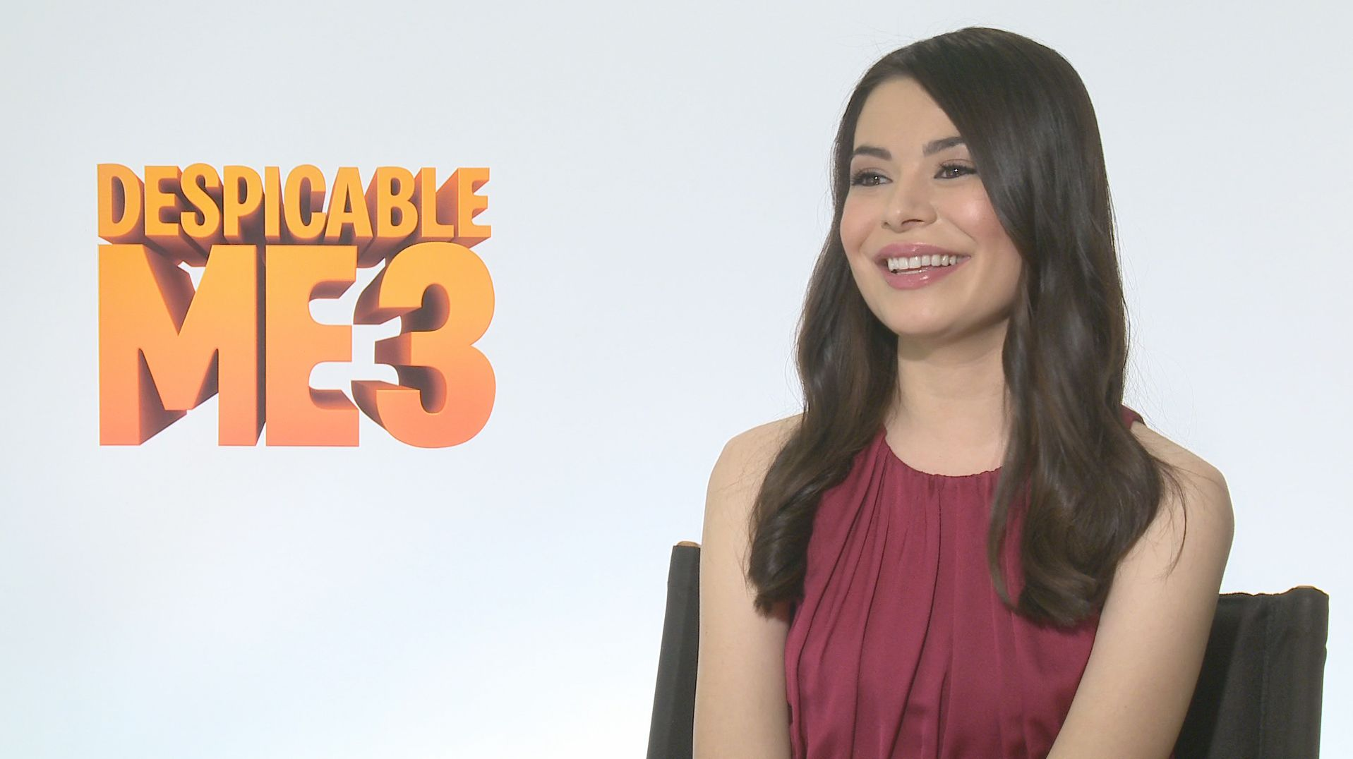 Miranda Cosgrove on Growing Up in Despicable Me 3 | Collider Miranda Cosgrove Despicable Me