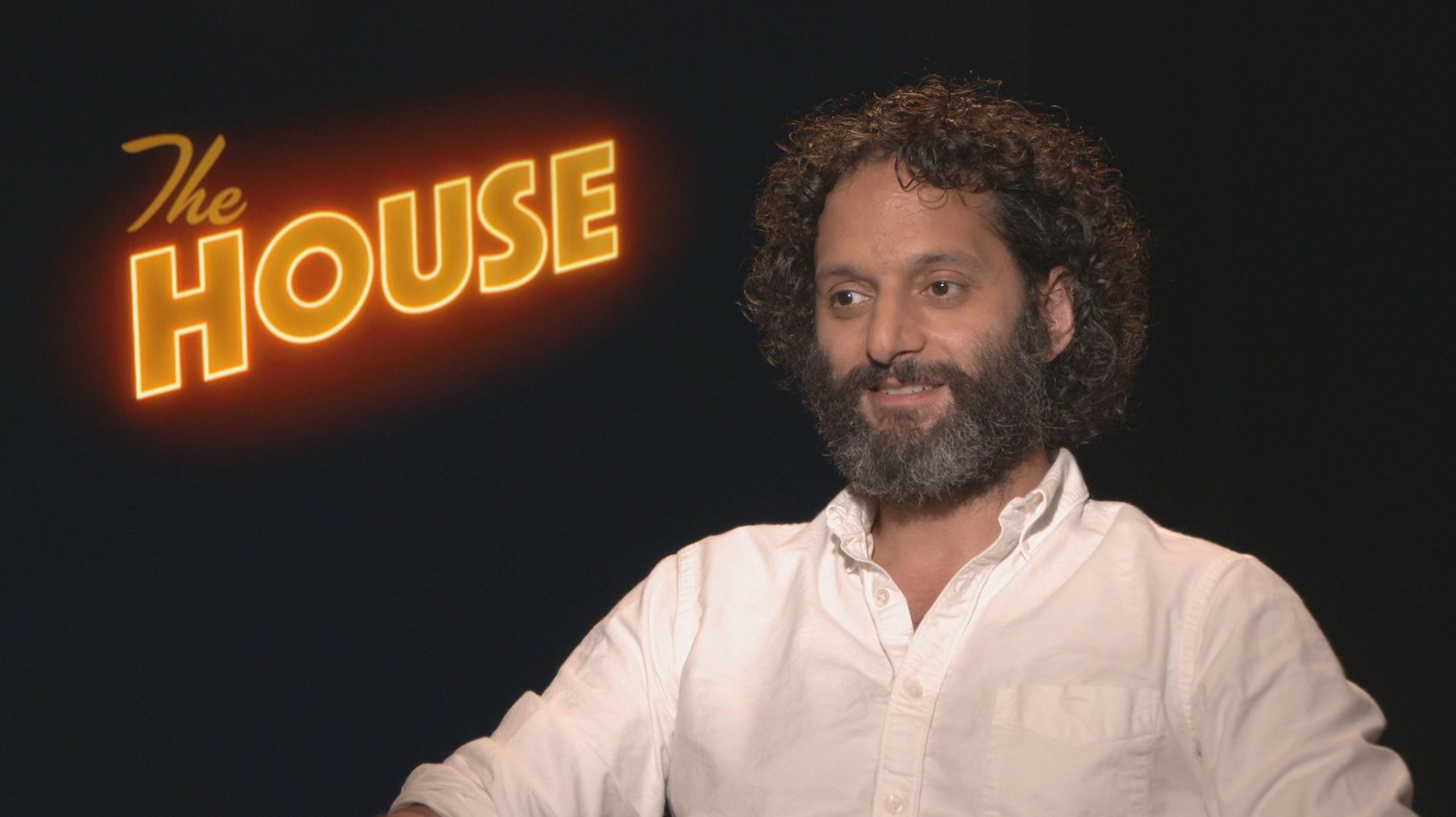 jason mantzoukas on the house and playing the crazy guy