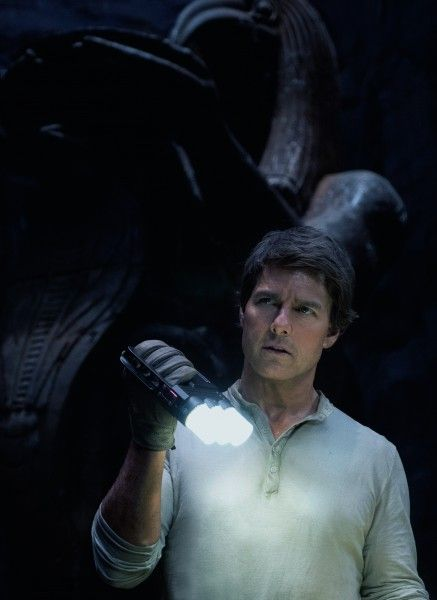 the-mummy-movie-image-tom-cruise