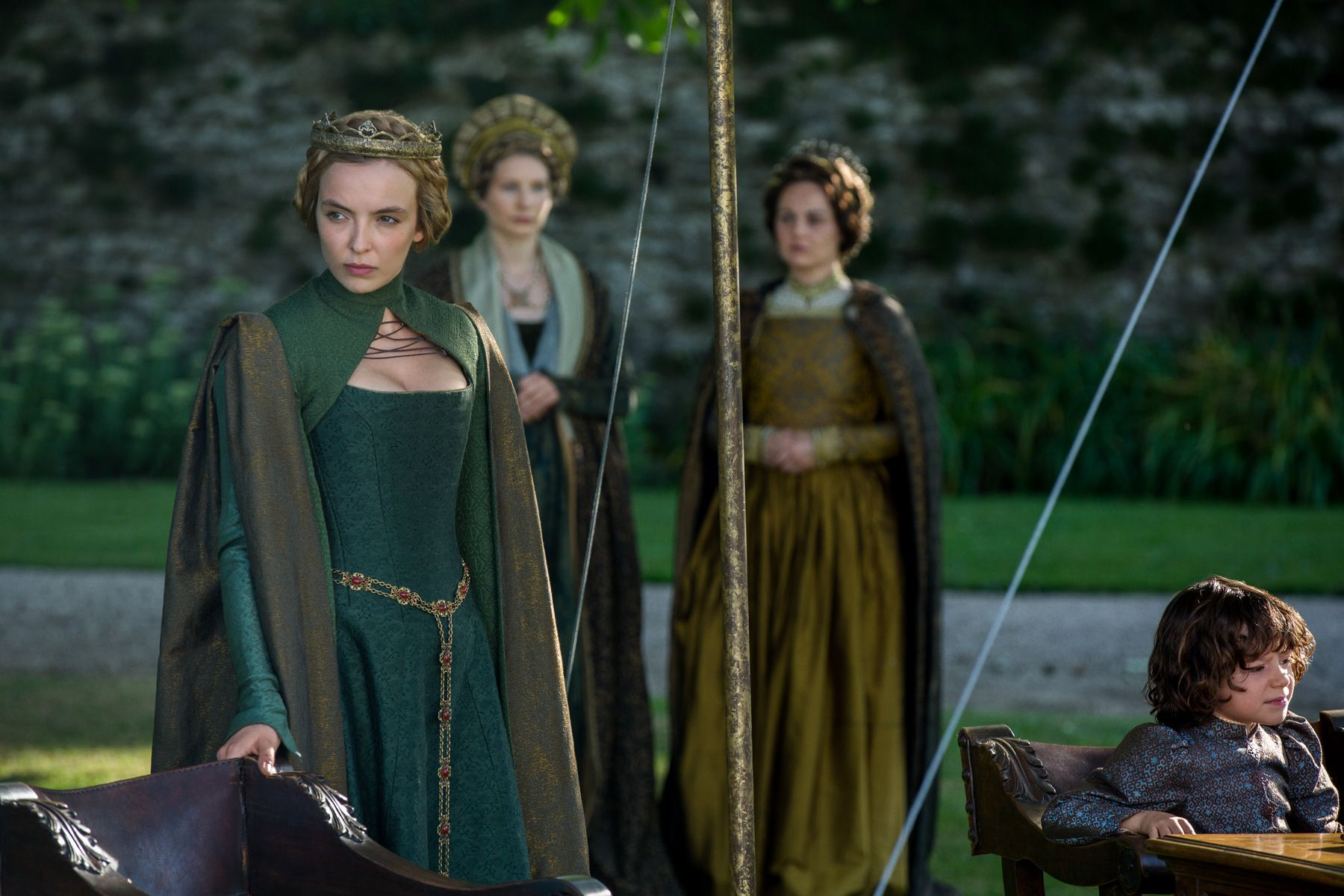 White princess finale explained emma frost on lizzie for Soil king productions