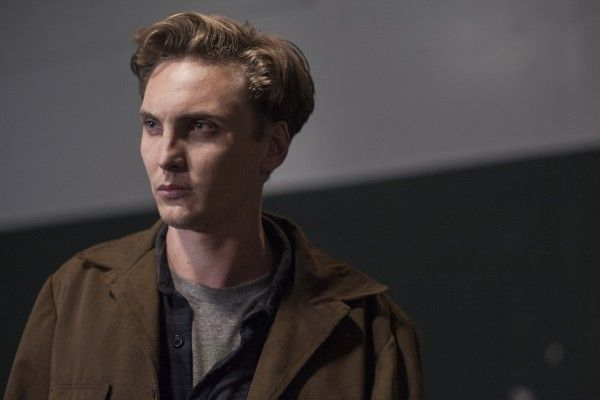 twin-peaks-season-3-part-6-eamon-farren
