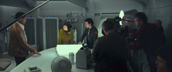star-wars-the-last-jedi-behind-the-scenes-image-42