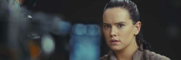 star-wars-the-last-jedi-daisy-ridley-bts-slice