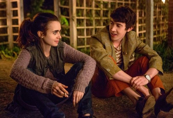 to-the-bone-lily-collins-alex-sharp