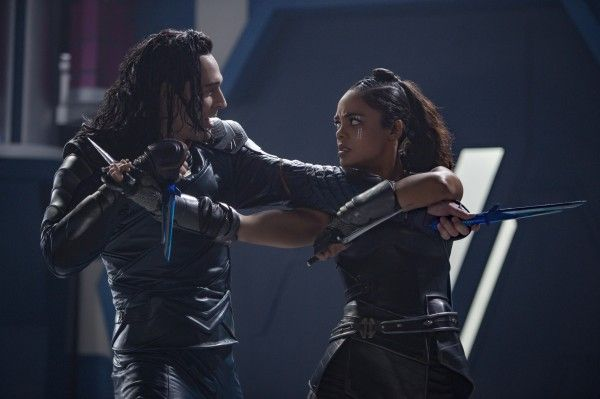 thor-ragnarok-tom-hiddleston-tessa-thompson