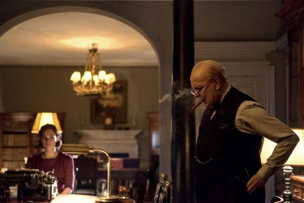 darkest-hour-gary-oldman-lily-james