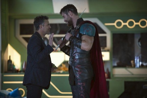 thor-ragnarok-chris-hemsworth-mark-ruffalo