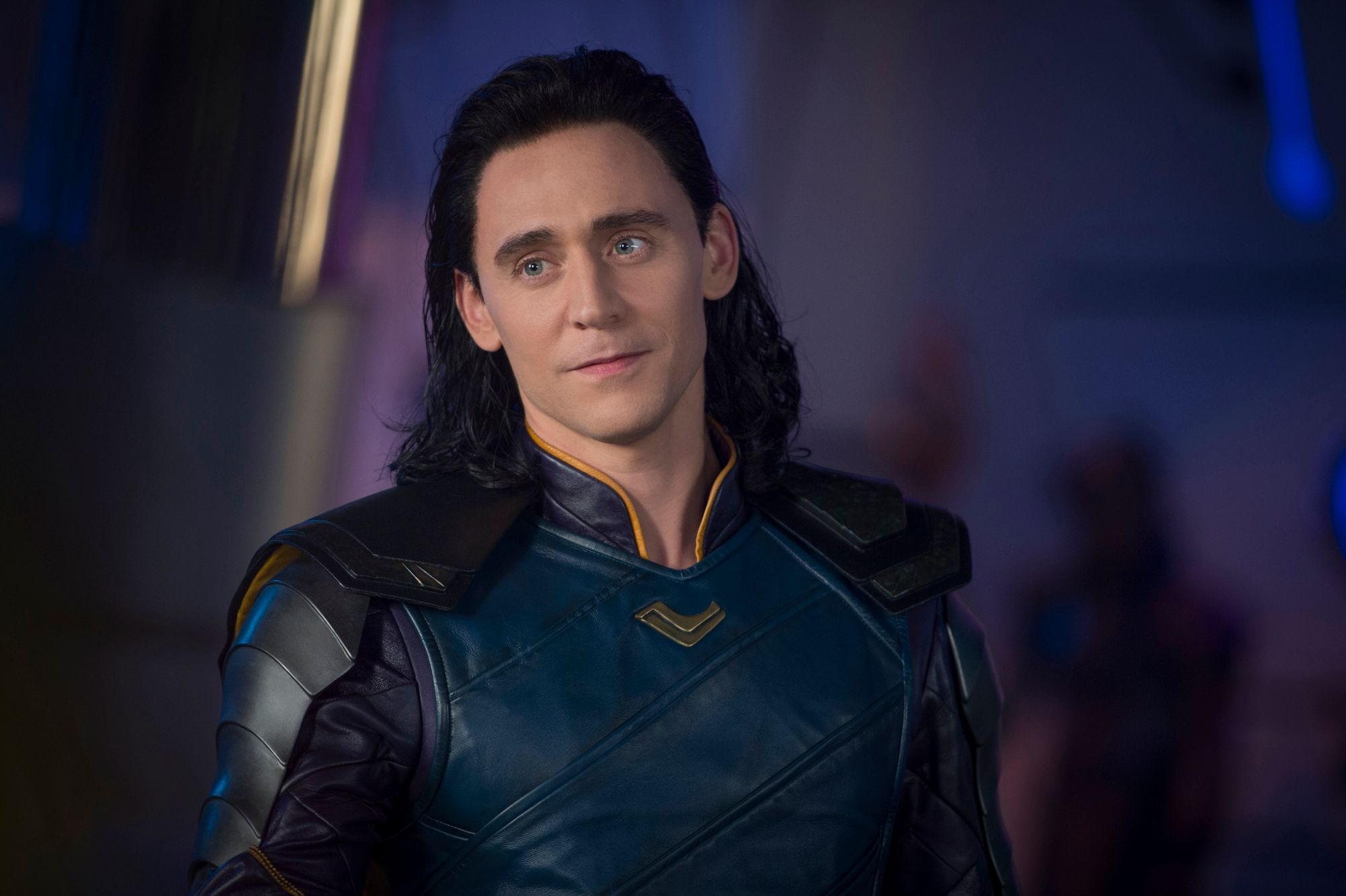 Tom Hiddleston on Thor: Ragnarok & Loki's Transformation ...