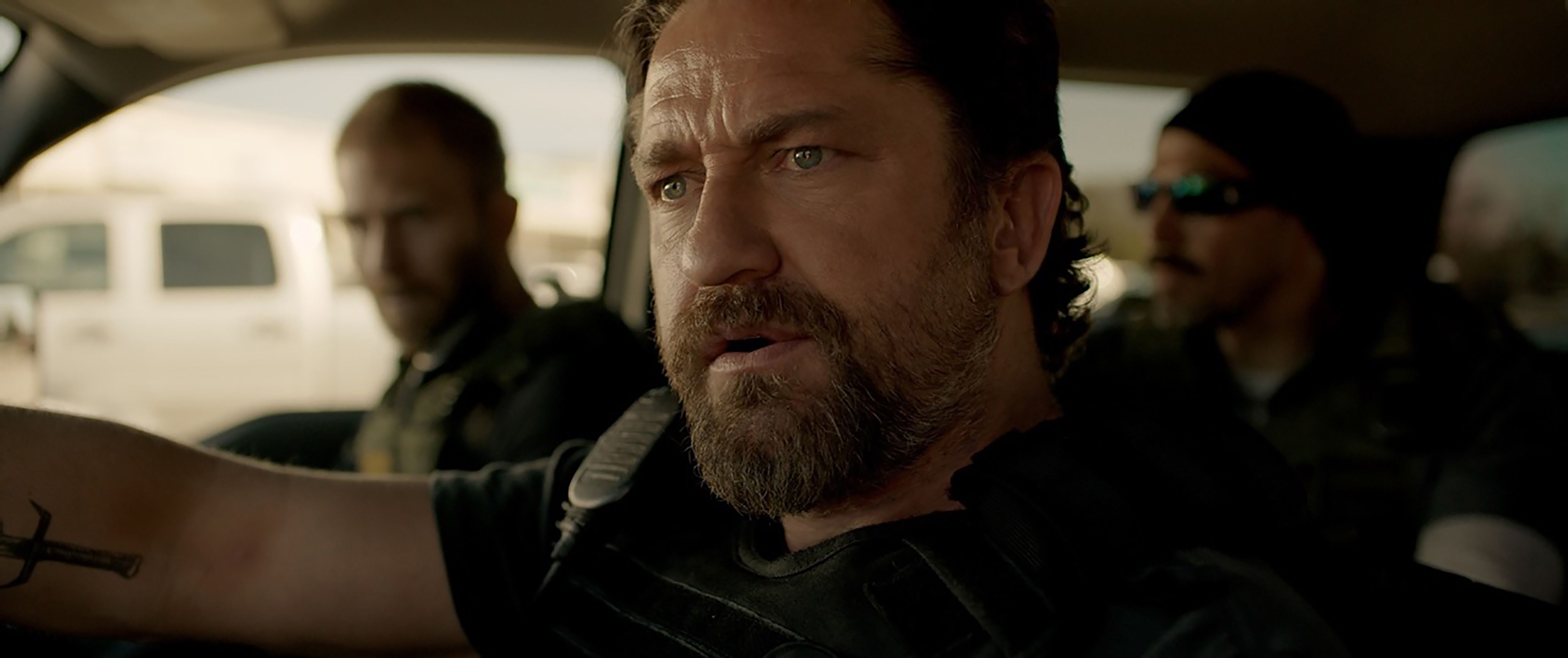 Den of Thieves Trailer... Gerard Butler