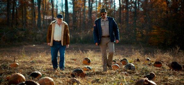 stranger-things-season-2-cast-pumpkins