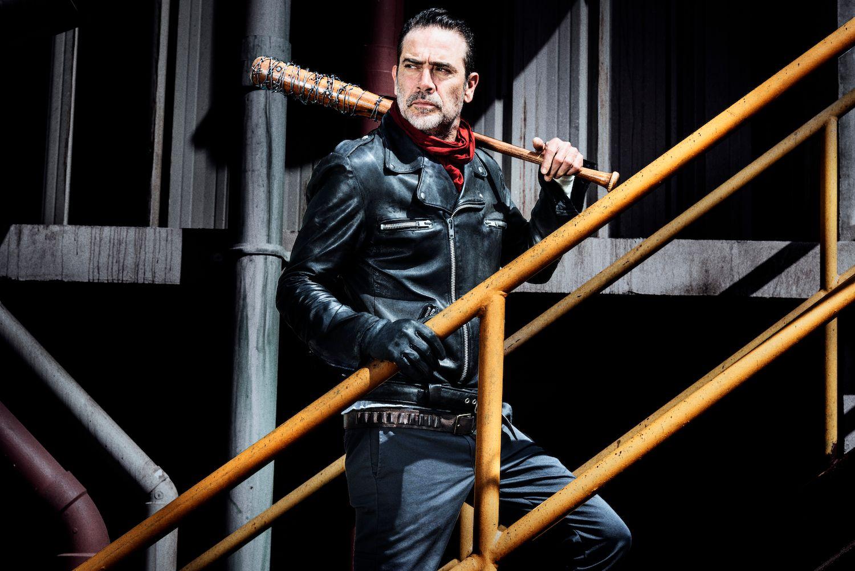 The Walking Dead Season 8 Images Tease War Against Negan Collider