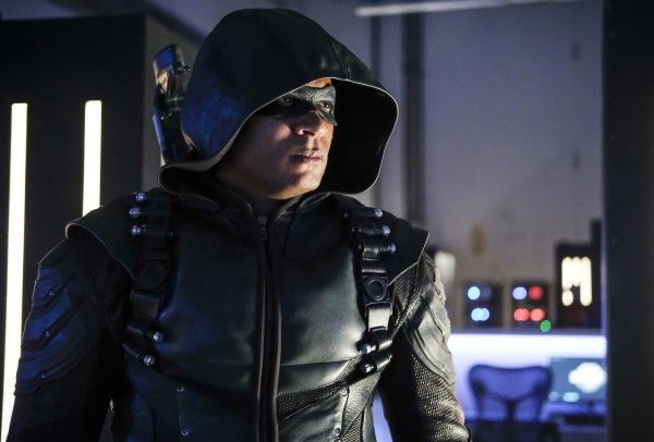 arrow-season-6-reversal-image-4