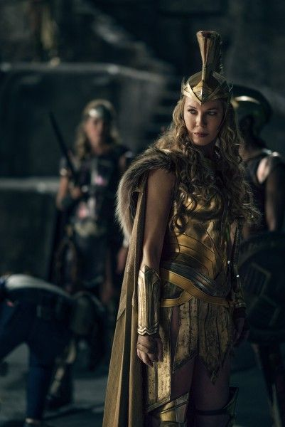 justice-league-connie-nielsen