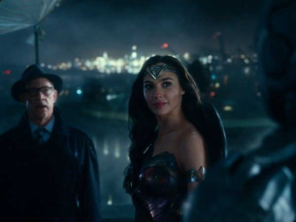 justice-league-jk-simmons-gal-gadot