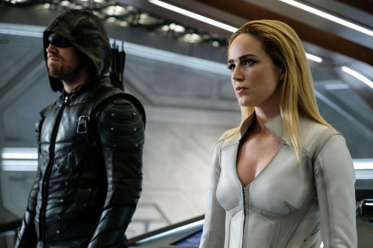 Arrow Season 6 Finale: Caity Lotz Set to Return as Sara