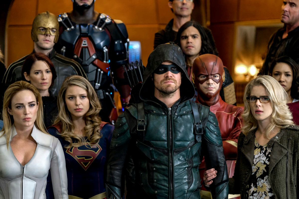 legends of tomorrow season 3 crisis on earth x crossover image 6 - The CW Will Expand to 6 Nights of Original Series This Fall