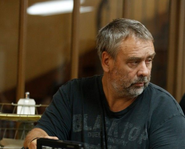 luc besson may team with netflix is valerian 2 a possibility collider. Black Bedroom Furniture Sets. Home Design Ideas