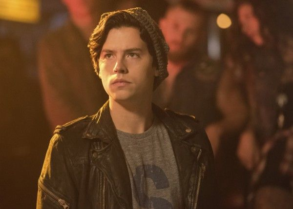 riverdale-season-2-cole-sprouse-image-4