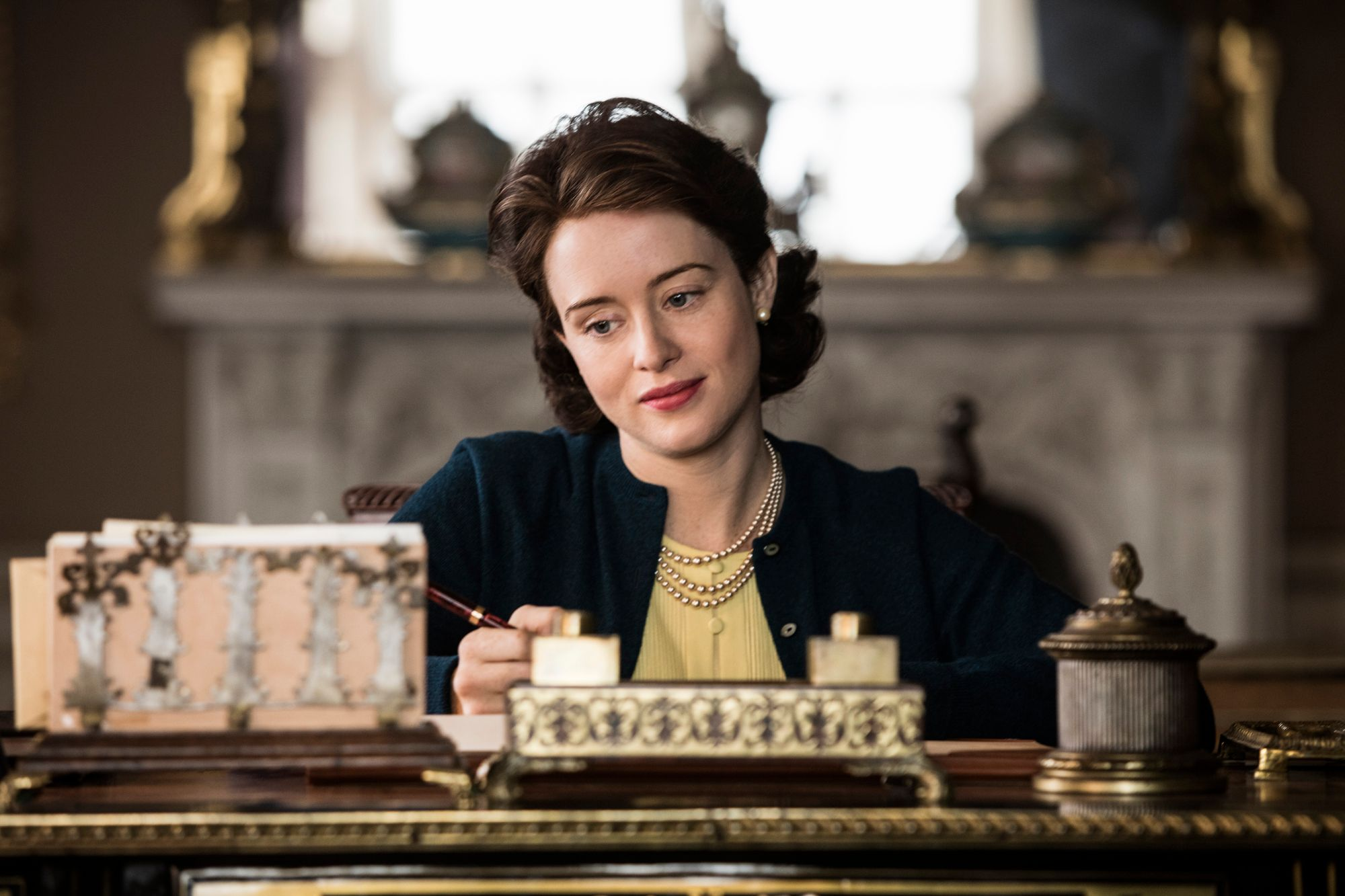 the crown season 2 review an exceptional return to royal life collider. Black Bedroom Furniture Sets. Home Design Ideas