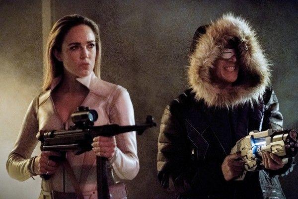 the-flash-season-4-crisis-on-earth-x-crossover-image-12