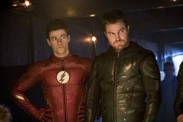 the-flash-season-4-crisis-on-earth-x-crossover-image-31