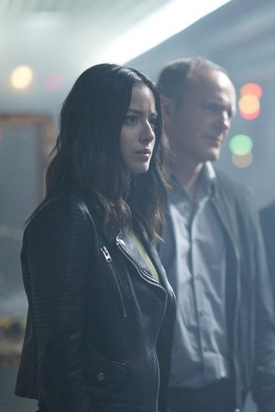 agents-of-shield-season-5-orientation-image-1