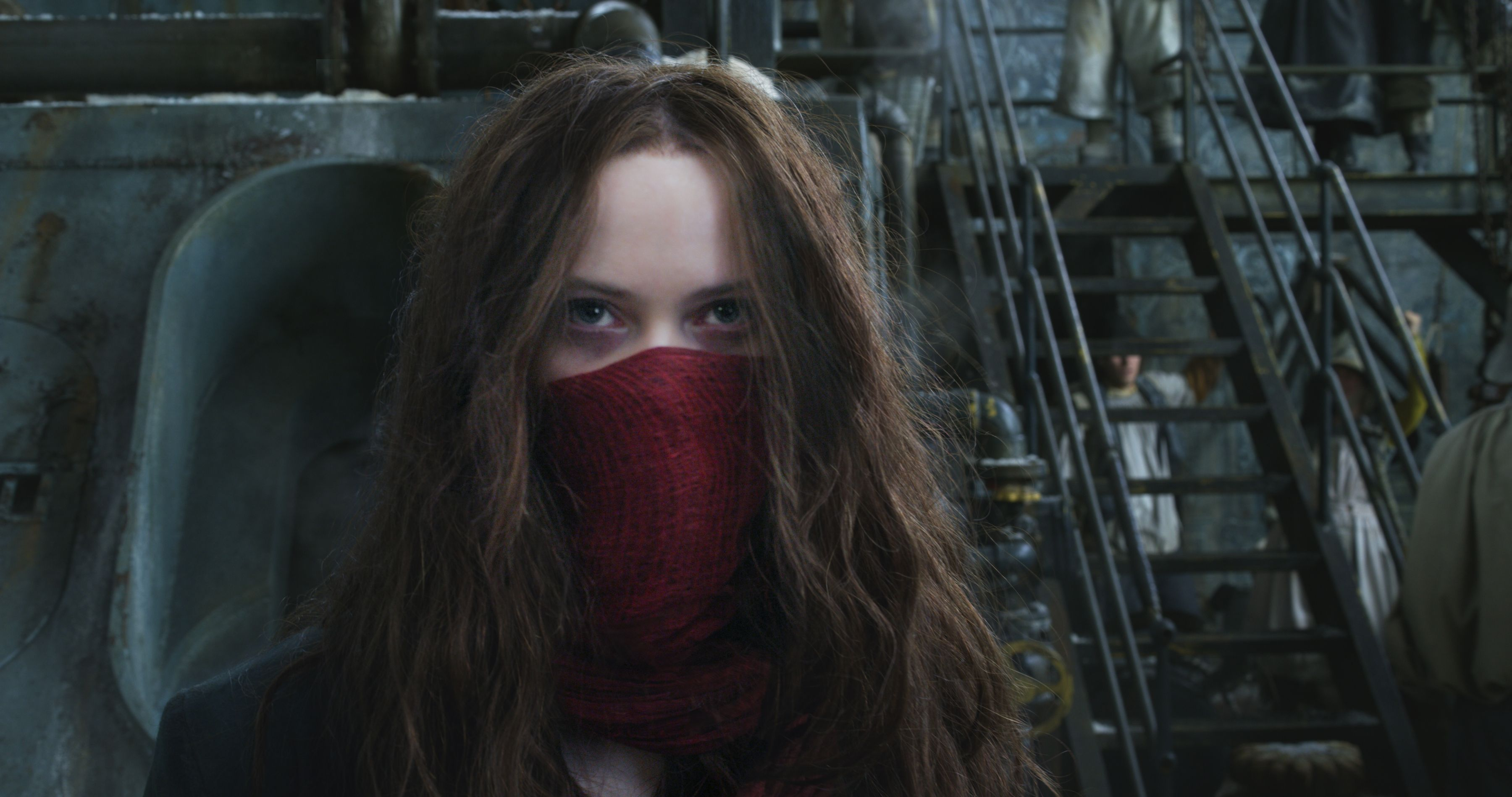 Mortal Engines (M)