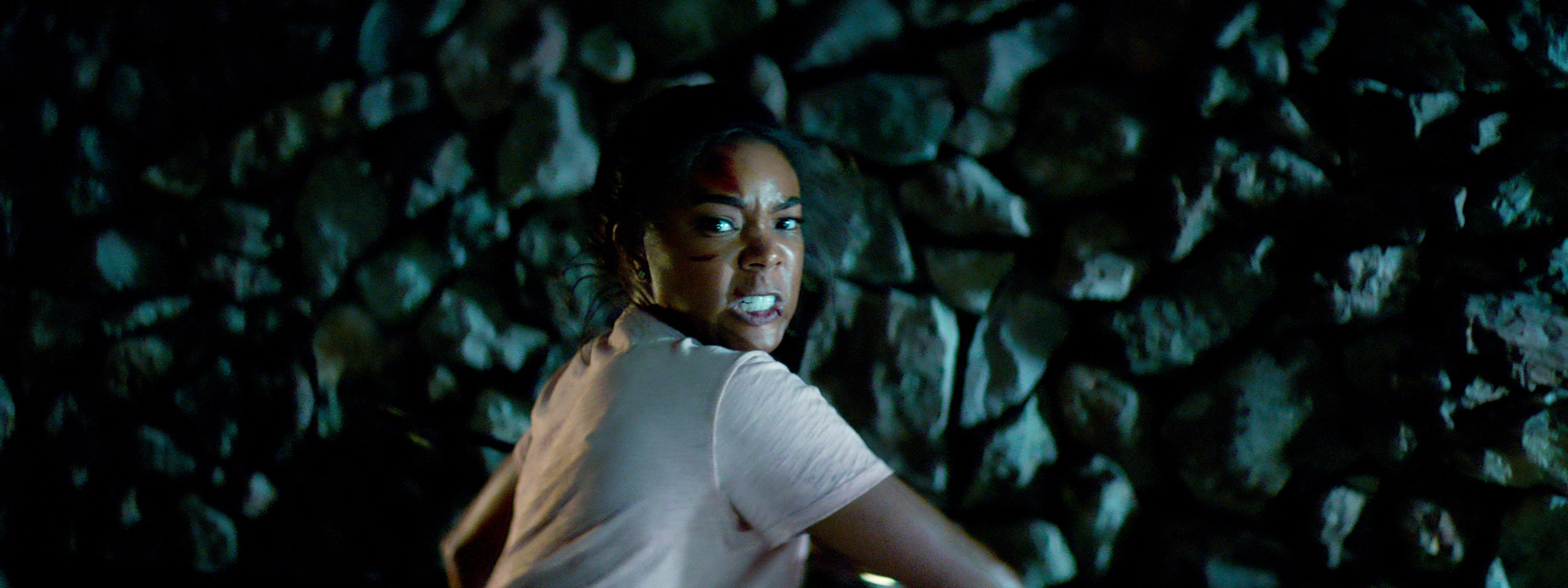 Breaking In Trailer Has Gabrielle Union Fighting Like a Mother | Collider