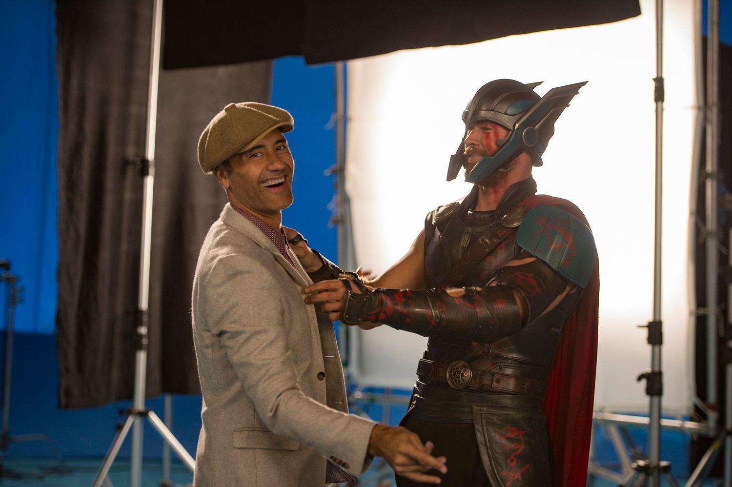 taika waititi chris hemsworth thor ragnarok - 'Thor: Ragnarok': 32 Things We Learned from Taika Waititi' s Commentary