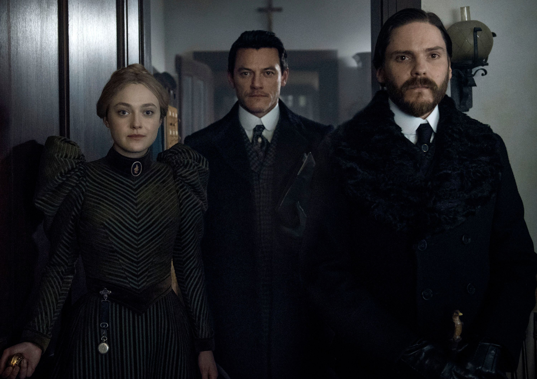 The Alienist Season 2 Could Happen, but Should It? | Collider