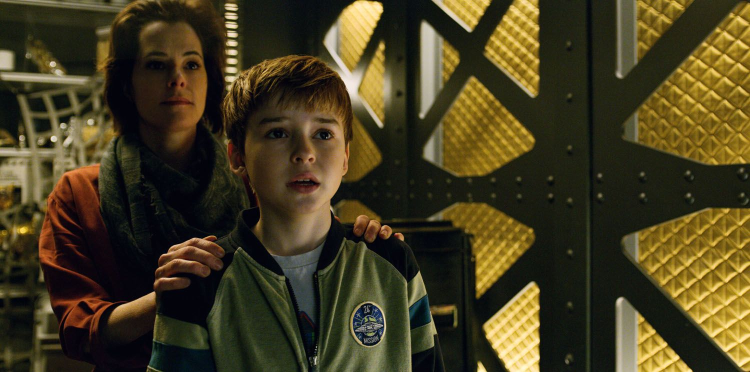 Lost In Space Reboot New Trailer Reveals Pricey Netflix Series