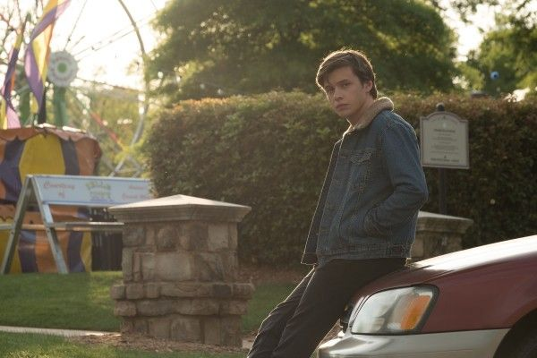 love-simon-nick-robinson-4