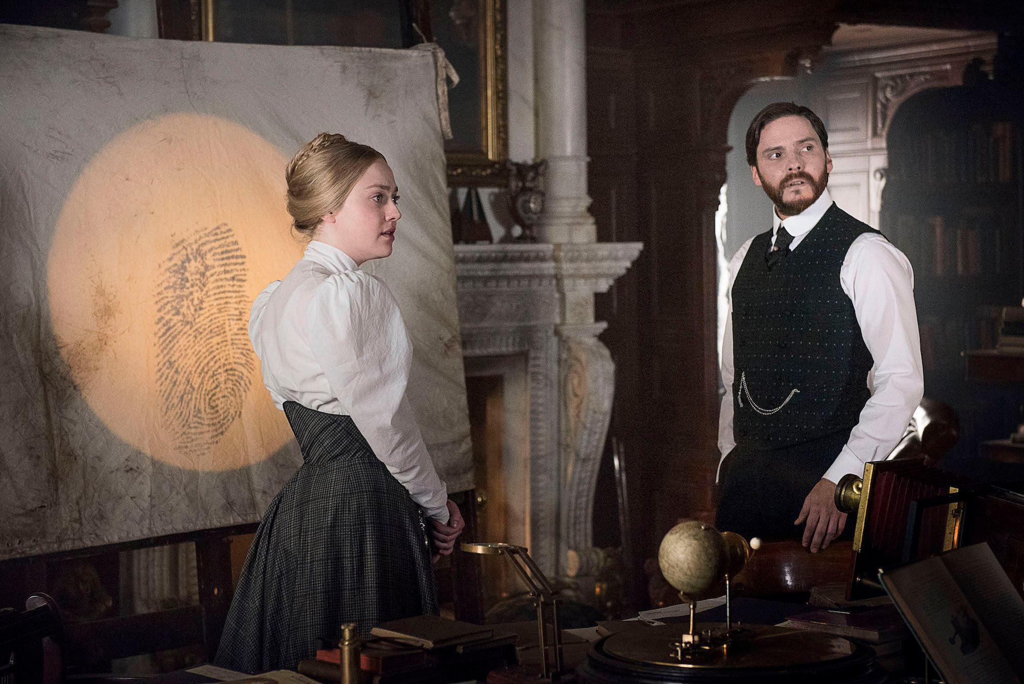 The Alienist Proves that Simple Mysteries Are Still