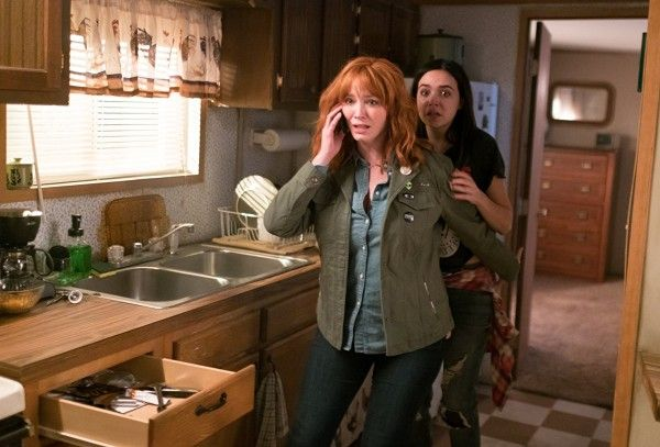 the-strangers-prey-at-night-christina-hendricks-bailee-madison