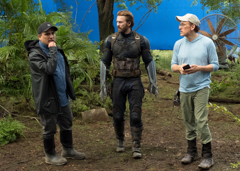 Ryan Gosling, Chris Evans, Russos Team for Netflix Movie The Gray ...