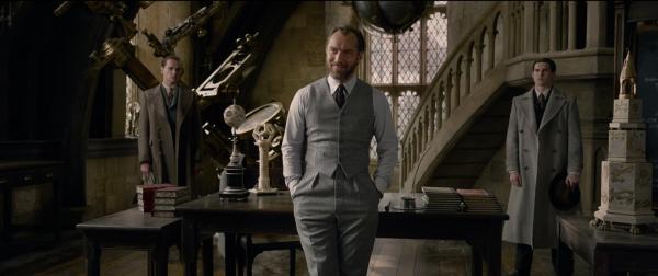 fantastic-beasts-2-jude-law-dumbledore