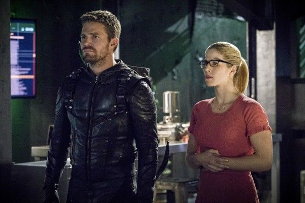 arrow-season-6-image-10