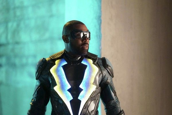 black-lightning-season-1-image-1