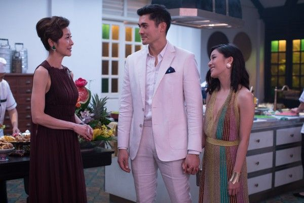 crazy-rich-asians-michelle-yeoh-henry-golding-constance-wu