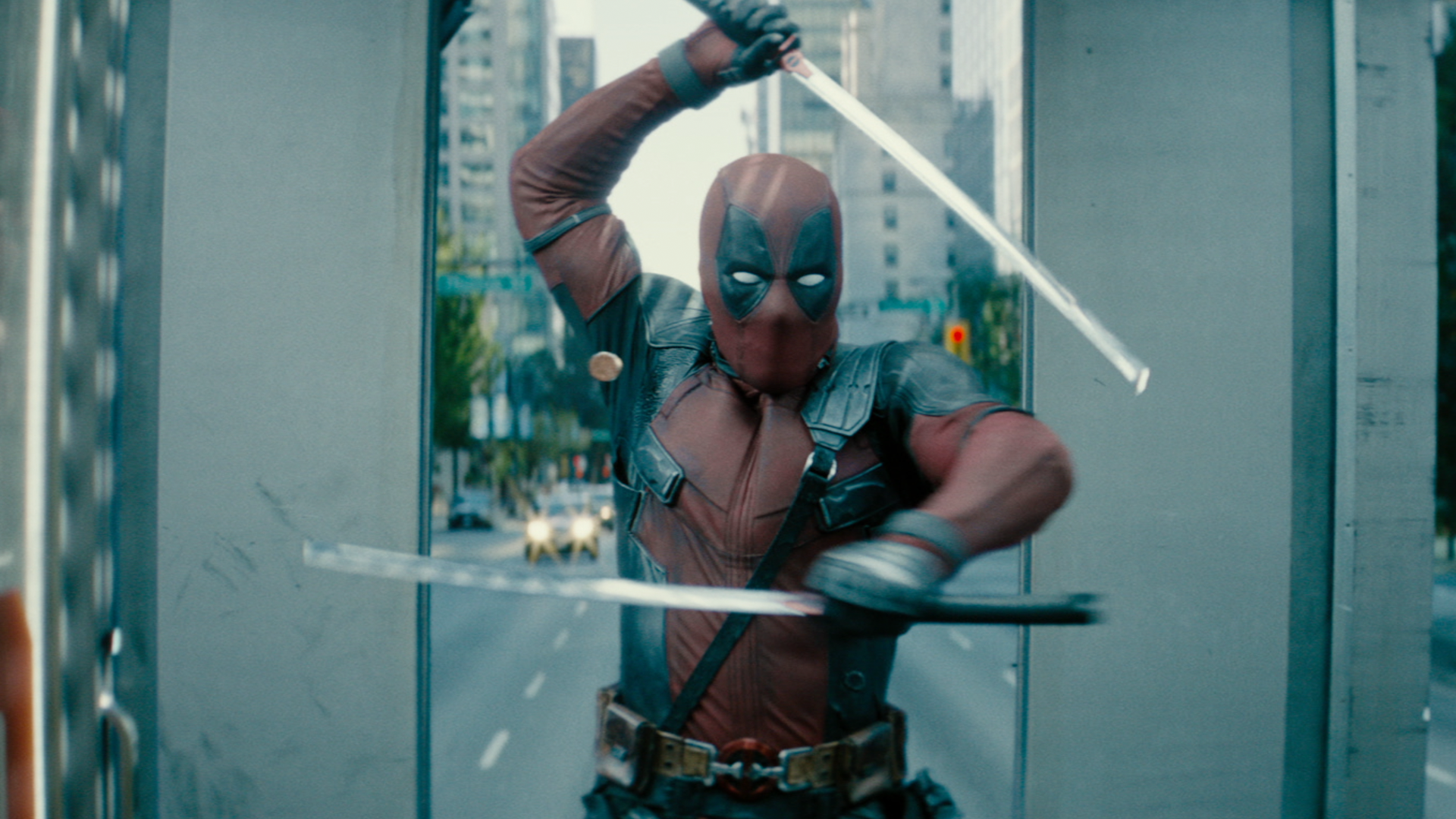 Ryan Reynolds As Deadpool Hilariously Ruins Hugh Jackman's Birthday Message