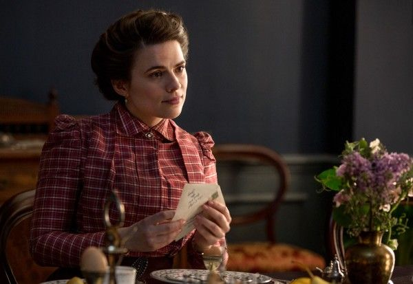 howards-end-hayley-atwell-interview