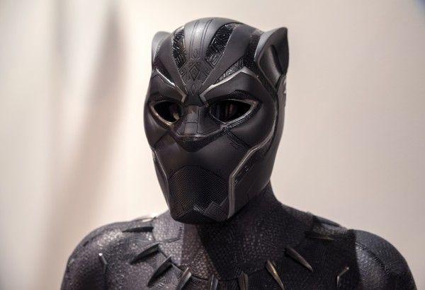marvel-exhibition-black-panther-suit