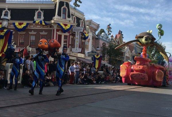 pixar-fest-parade