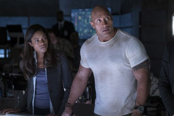 rampage-dwayne-johnson-naomie-harris
