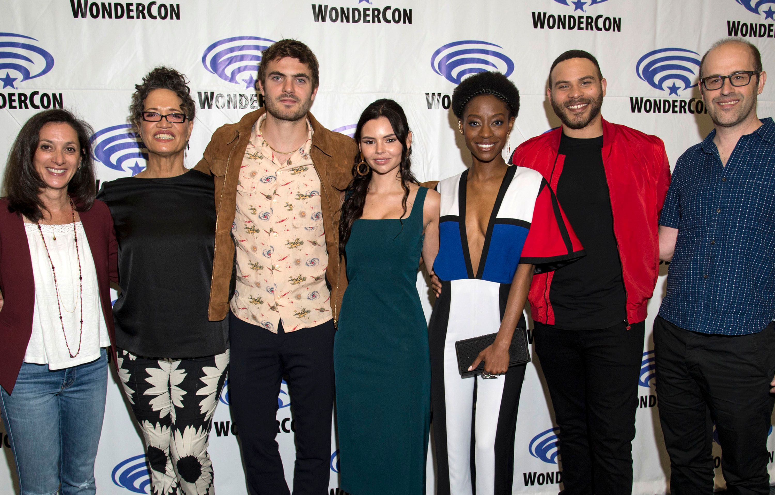 Siren Cast And Creator On Freeforms Unique Mermaid Series Collider Us Style Wondercon Eps