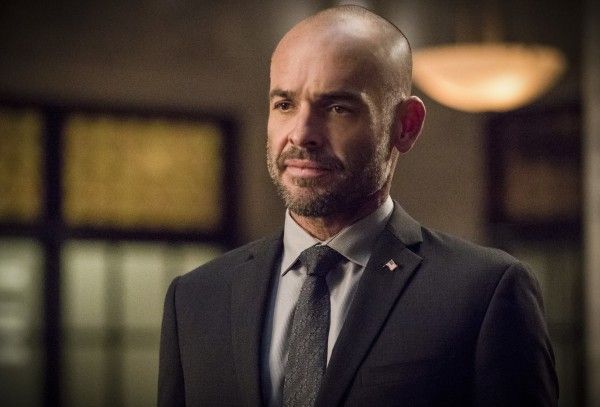 arrow-season-6-paul-blackthorne-image-3
