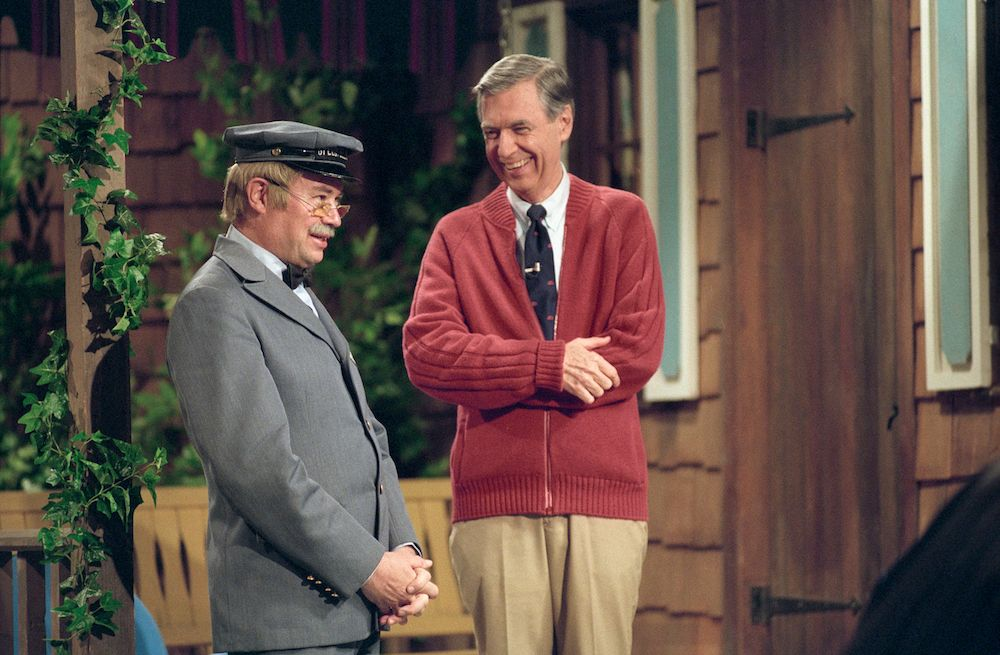 A Beautiful Day In The Neighborhood Director On Creating Mr Rogers World Collider