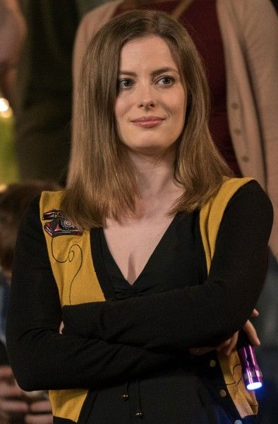 life-of-the-party-gillian-jacobs-01