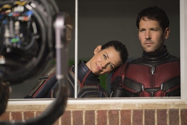 ant-man-and-the-wasp-set-photo-paul-rudd-evangeline-lilly